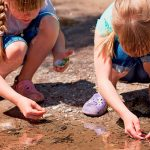 6 activities to teach children to care for the Earth