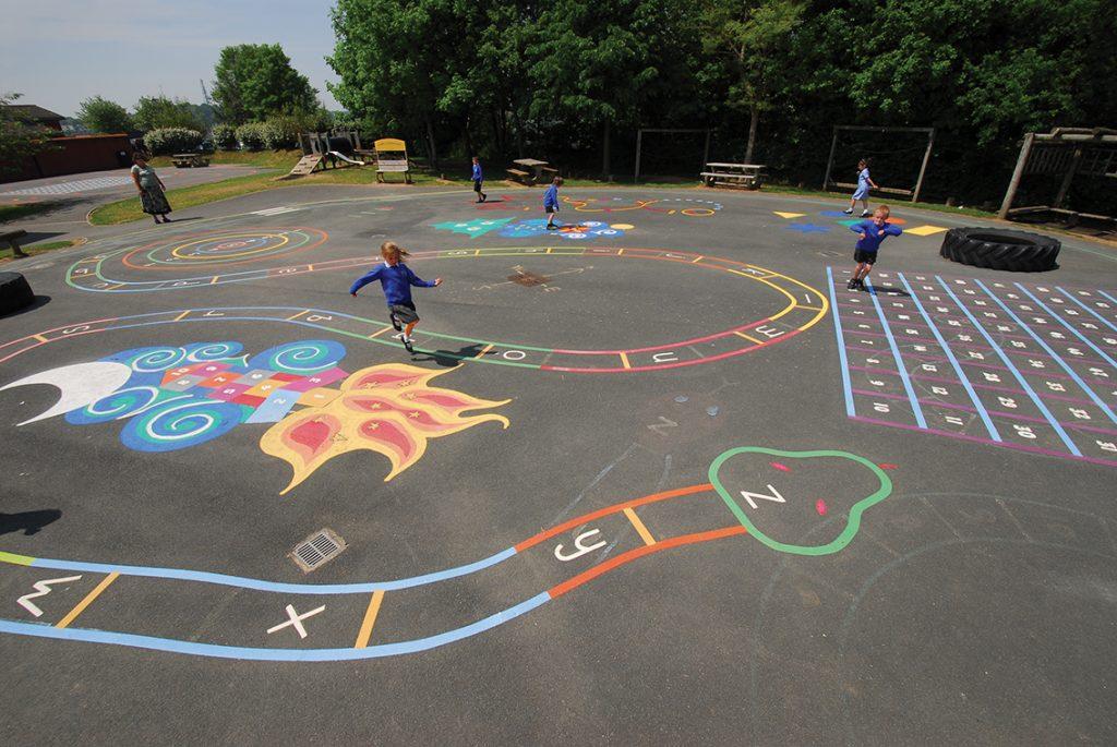 Ideas Brillantes Para Transformar El Patio De Tu Escuela